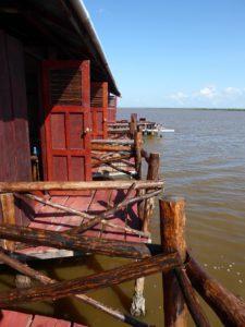 1.6 Lodge in Bigipan - Suriname rondreis Around The World Travel