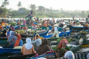 Day 5. Floating market Around The World Travel