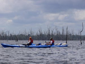 Verlenging 1 1.16 kayak stuwmeer - Suriname rondreis Around The World Travel