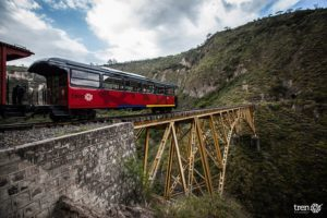 3 Ecuador Tren Ecuador Otavalo Salinas - Around The World Travel