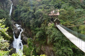 8 Ecuador Pailon del Diablo_Baños - Around The World Travel
