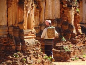 Dag 13 Indein - Myanmar Around The World Travel