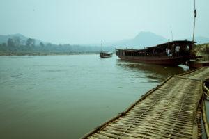 Varen over Mekong - Laos Around The World Travel