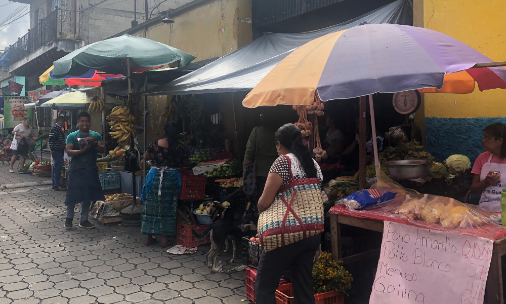 Lokale markt Guatemala | Around The World Travel