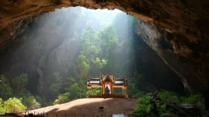 Hua Hin Phraya Nakhon Cave - Thailand rondreis Around The World Travel