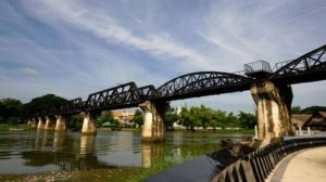 Kanchanaburi River Kwai Bridge - Thailand rondreis Around The World Travel