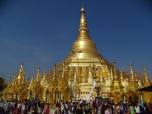 Shwedagon Pagopda (3) - Myanmar - Around The World Travel