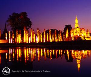 Sukhothai Historical Park 1 - Thailand rondreis Around The World Travel