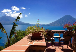 reis_2_dag_10_casa_del_mundo_hotel - guatemala - around the world travel