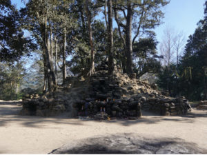 reis_3_dag_04_iximche - guatemala - around the world travel