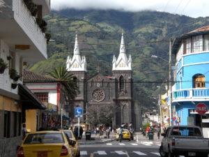 Day 6 - Baños center - bijzondere Rondreis Ecuador - around the world travel